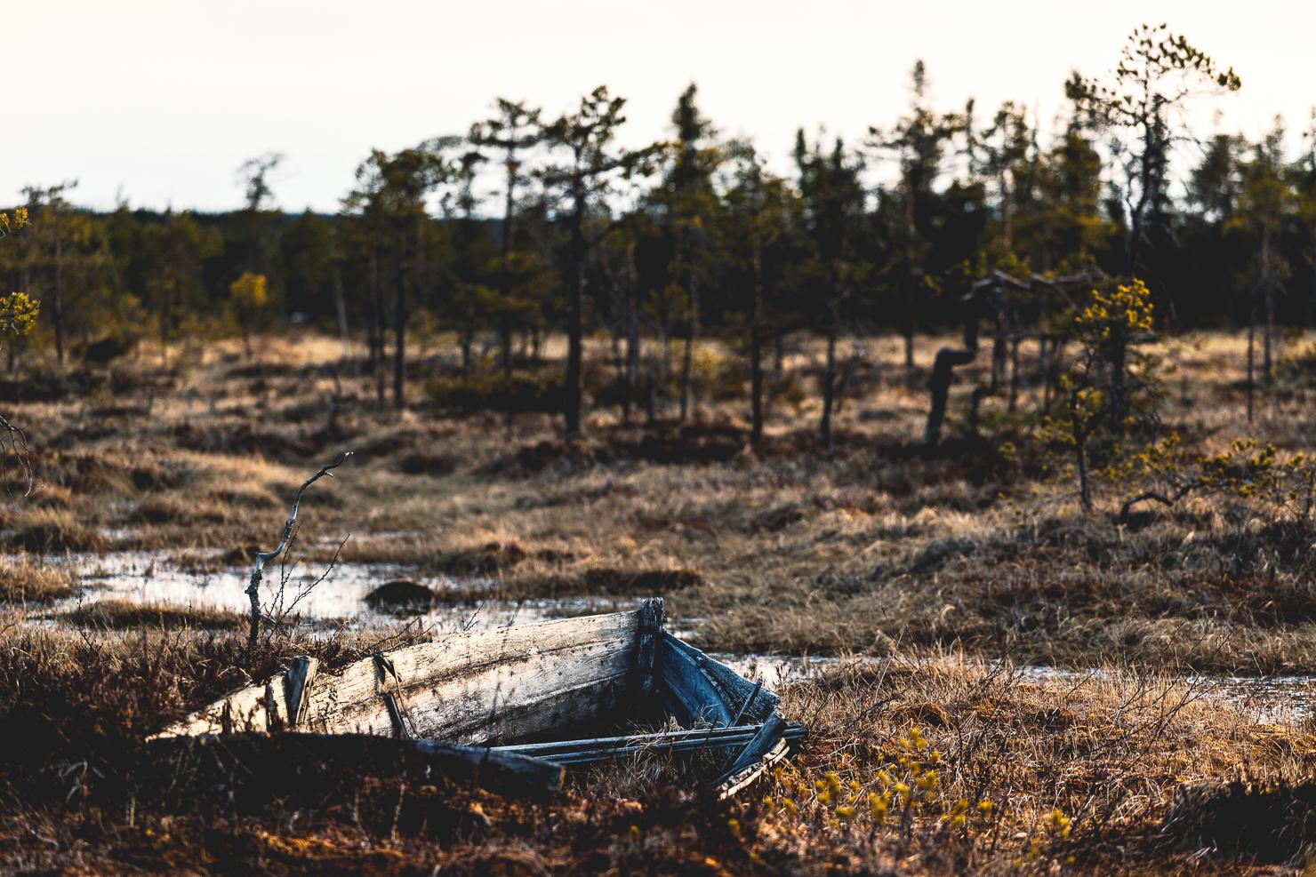 Övergiven båt i Särna