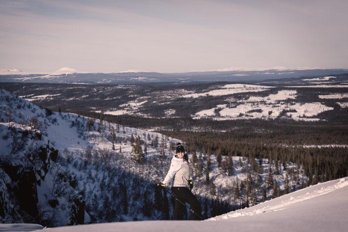 Sara Rönne vid Njupeskär